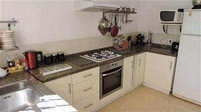 apt-kitchen-a