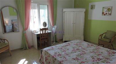 apt-bedroom-4a