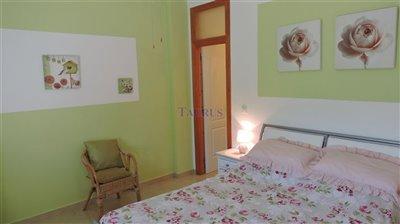 apt-bedroom-4b