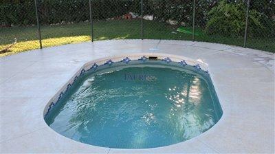 pool-1c-childrenc2b4s