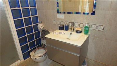 bathroom-1a-2