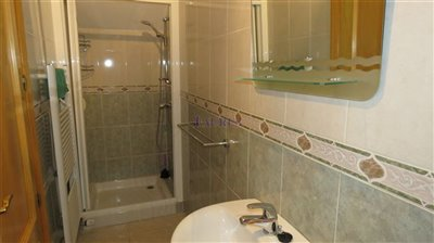 bathroom-2b-2