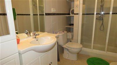 family-bathroom-1