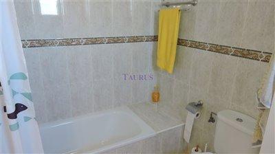bathroom-2a