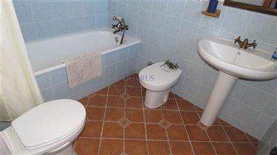 bathroom-1a-1