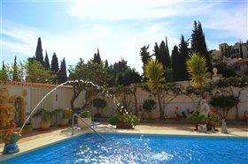 Image No.0-Villa de 5 chambres à vendre à Fuengirola