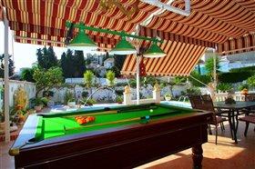 Image No.1-Villa de 5 chambres à vendre à Fuengirola