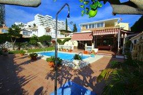 Image No.2-Villa de 5 chambres à vendre à Fuengirola