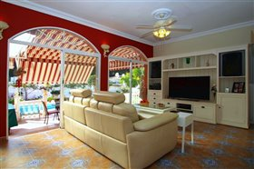 Image No.4-Villa de 5 chambres à vendre à Fuengirola
