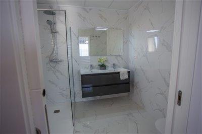 2297threebedroomtwobathroomdetachedvilla30122