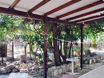 traditional-stone-house-in-kallepiafull16