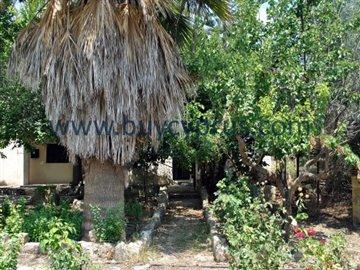 traditional-stone-house-in-kallepiafull4