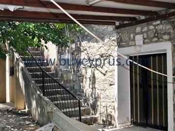 traditional-stone-house-in-kallepiafull8