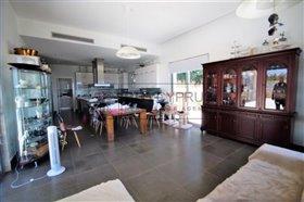 Image No.13-Villa de 8 chambres à vendre à Mesa Chorion