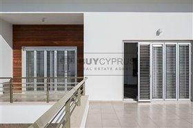 Image No.18-Villa de 8 chambres à vendre à Mesa Chorion