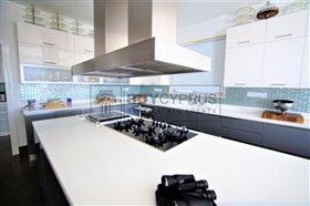 Image No.8-Villa de 8 chambres à vendre à Mesa Chorion