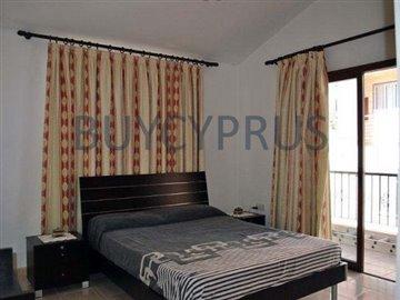 4 Bedroom Villa with Sea Views and 12 x 6 Pool