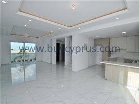 Image No.4-3 Bed Villa for sale