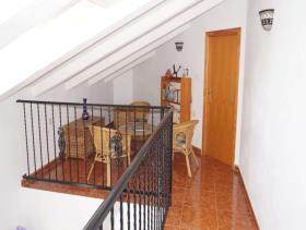Image No.15-4 Bed Chalet for sale