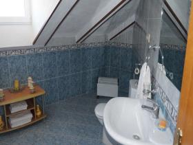 Image No.17-4 Bed Chalet for sale