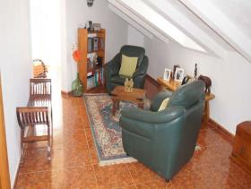 Image No.22-4 Bed Chalet for sale