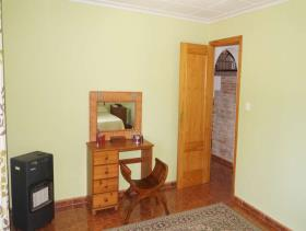 Image No.28-4 Bed Chalet for sale