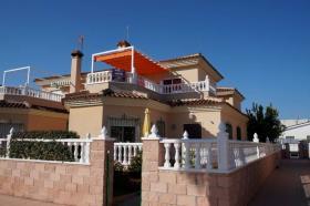 Almoradí, Villa