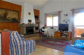Image No.10-4 Bed Property for sale