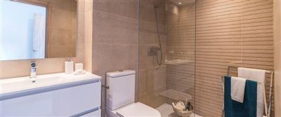apartments_Cala-Resort_bathroom_Sept-2019