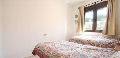 3-bed-penthouse-duplex-las-ramblas-golf-bed2