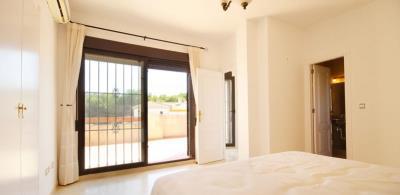 3-bed-penthouse-duplex-las-ramblas-golf-master-bedroom-view2