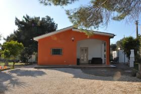 San Vito dei Normanni, Villa