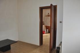 Image No.19-2 Bed Villa for sale