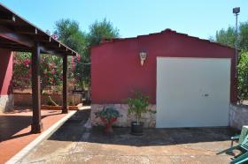 Image No.12-Propriété de pays de 2 chambres à vendre à Latiano