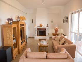 Image No.1-Villa / Détaché de 5 chambres à vendre à Marathokefalas