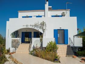 Image No.16-3 Bed Villa / Detached for sale