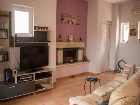 Image No.2-Villa / Détaché de 3 chambres à vendre à Tavronitis
