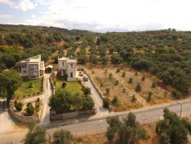 Image No.1-Villa / Détaché de 3 chambres à vendre à Tavronitis