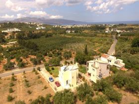 Image No.8-Villa / Détaché de 3 chambres à vendre à Tavronitis