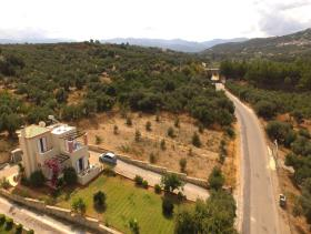 Image No.18-Villa / Détaché de 3 chambres à vendre à Tavronitis