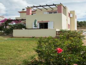 Image No.24-Villa / Détaché de 3 chambres à vendre à Tavronitis