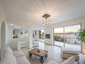 Image No.4-Villa / Détaché de 7 chambres à vendre à Plaka