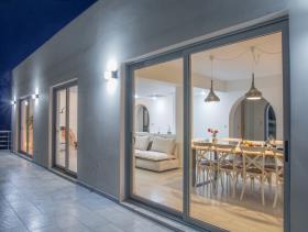 Image No.9-Villa / Détaché de 7 chambres à vendre à Plaka