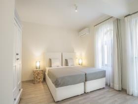 Image No.13-Villa / Détaché de 7 chambres à vendre à Plaka