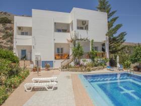 Image No.13-Villa / Détaché de 8 chambres à vendre à Afrata