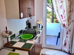 Image No.24-Villa / Détaché de 8 chambres à vendre à Afrata