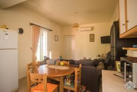 Image No.15-Bungalow de 3 chambres à vendre à Tavronitis