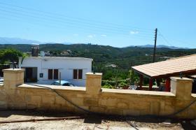 Image No.2-Maison de 3 chambres à vendre à Xamoudochori