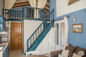 Image No.24-Commercial de 8 chambres à vendre à Plaka