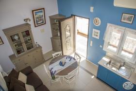 Image No.25-Commercial de 8 chambres à vendre à Plaka